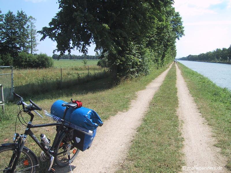 Radfahren am Dortmund-Ems-Kanal