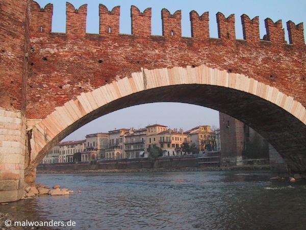 Die Ponte Scaligero