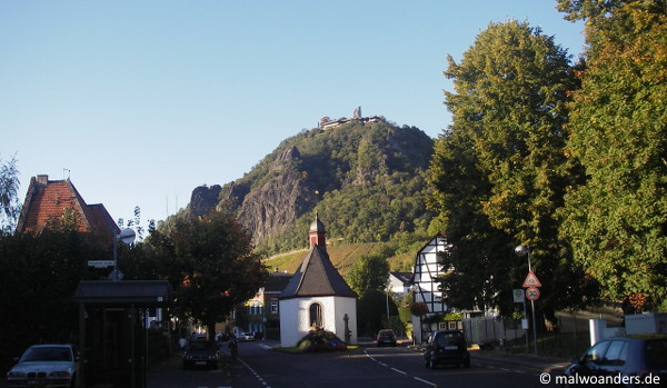Ausblick von Rhöndorf auf den Drachenfels