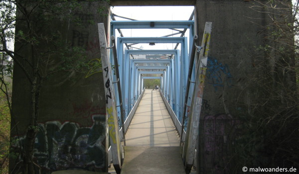 Brücke vom Herkulesberg zum Mediapark
