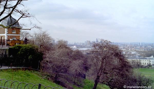 Blick vom Observatorium auf die City