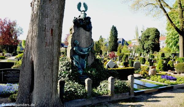 Grabmal des Freiherrn von Bülow