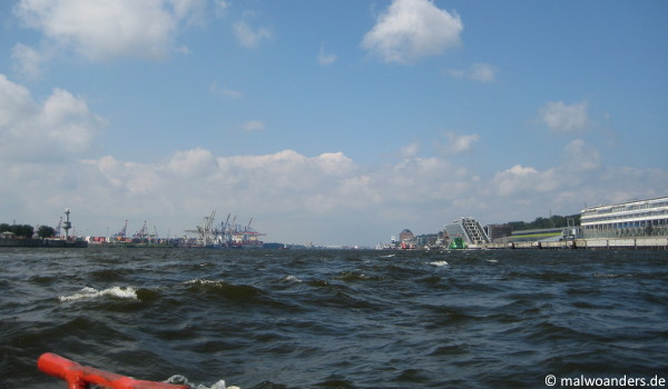 Seegang auf der Elbe
