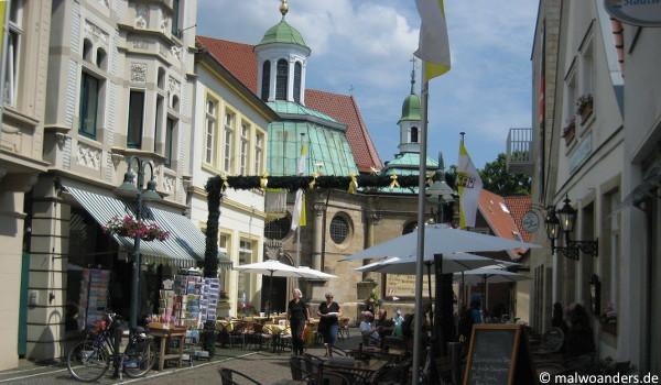 Blick vom Marktplatz aus auf die Gnadenkapelle
