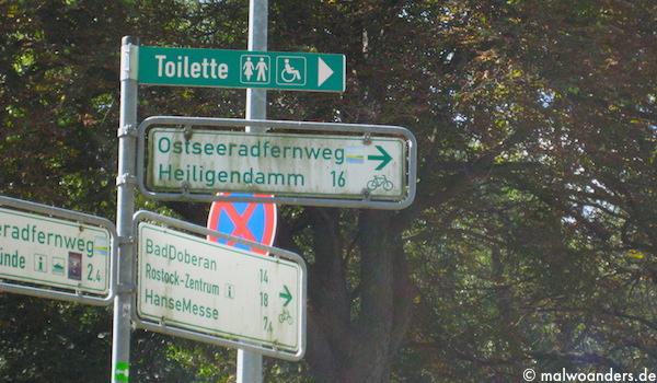 Abzweigung zum Ostseeradfernweg