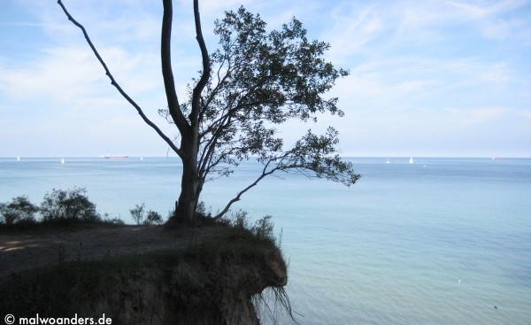 Gefährliche Überhänge and er Steilküste