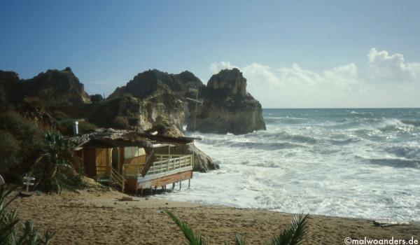 Strandbude bei Praia da Rocha